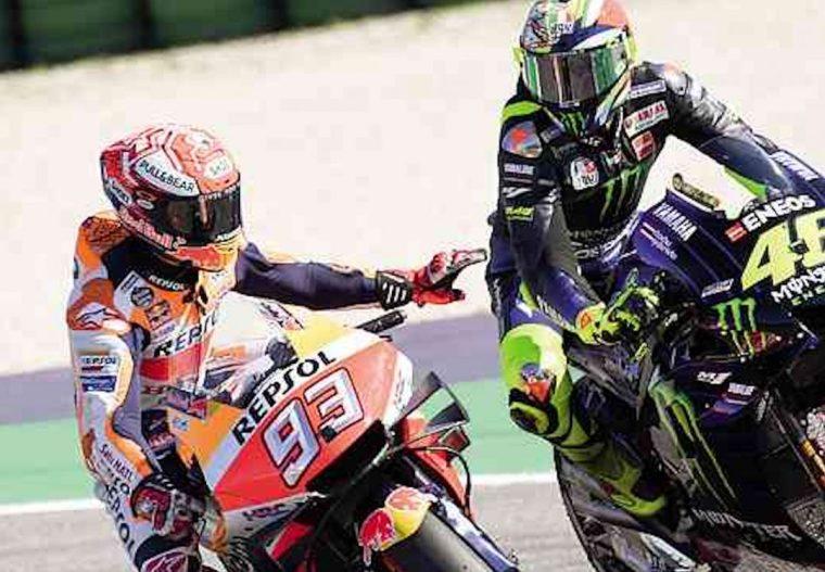 Misano 2019 Rossi v Marquez